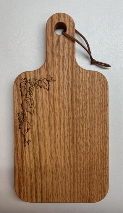 Grape Vine wide leaf Cutting Board
